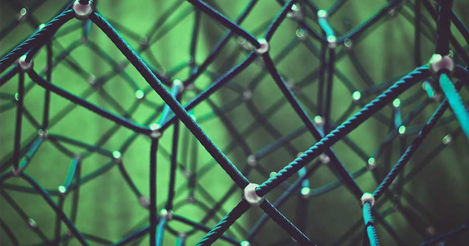 International Schools SIG - An abstract picture of linked rope with green background
